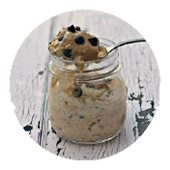Chocolate Chip Cookie Overnight Oats